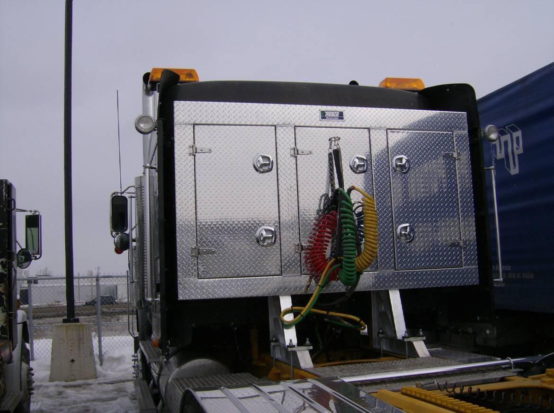 trucks-002.jpg