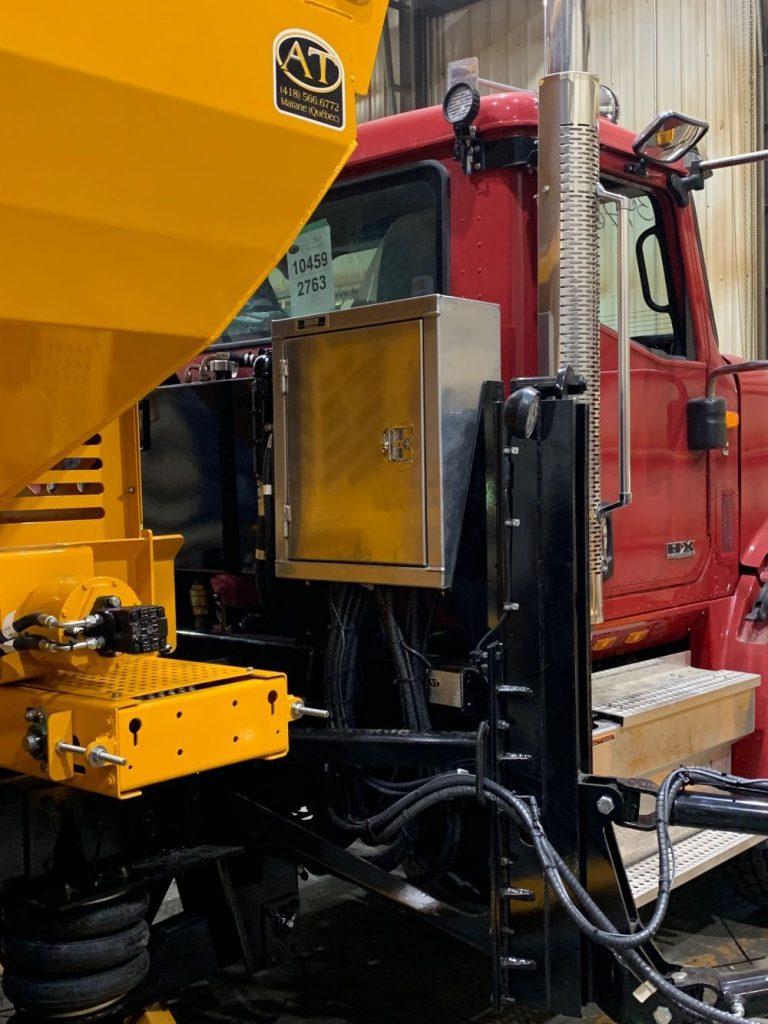 Semi truck tool box gallery picture 22