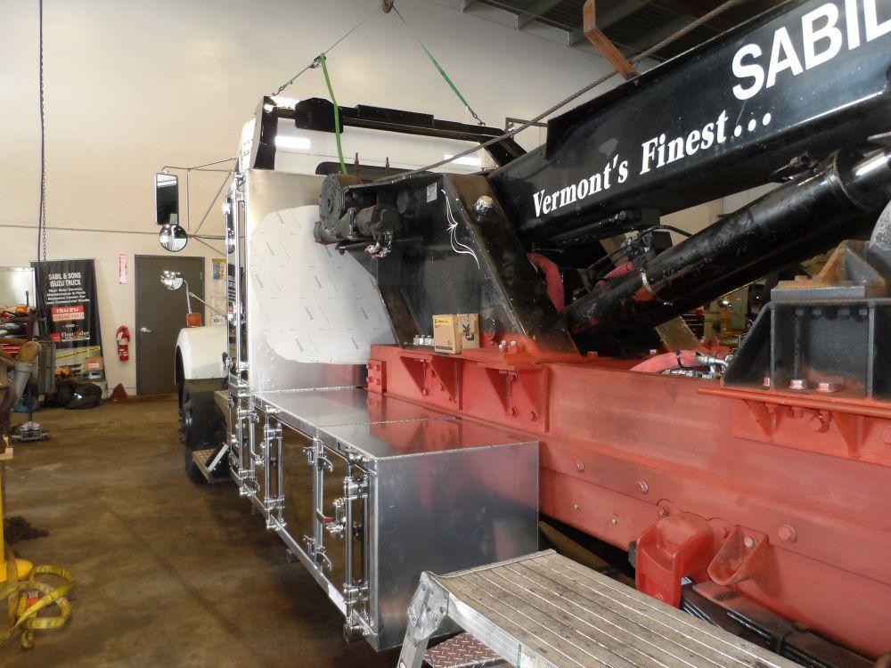Semi truck tool box gallery picture 18