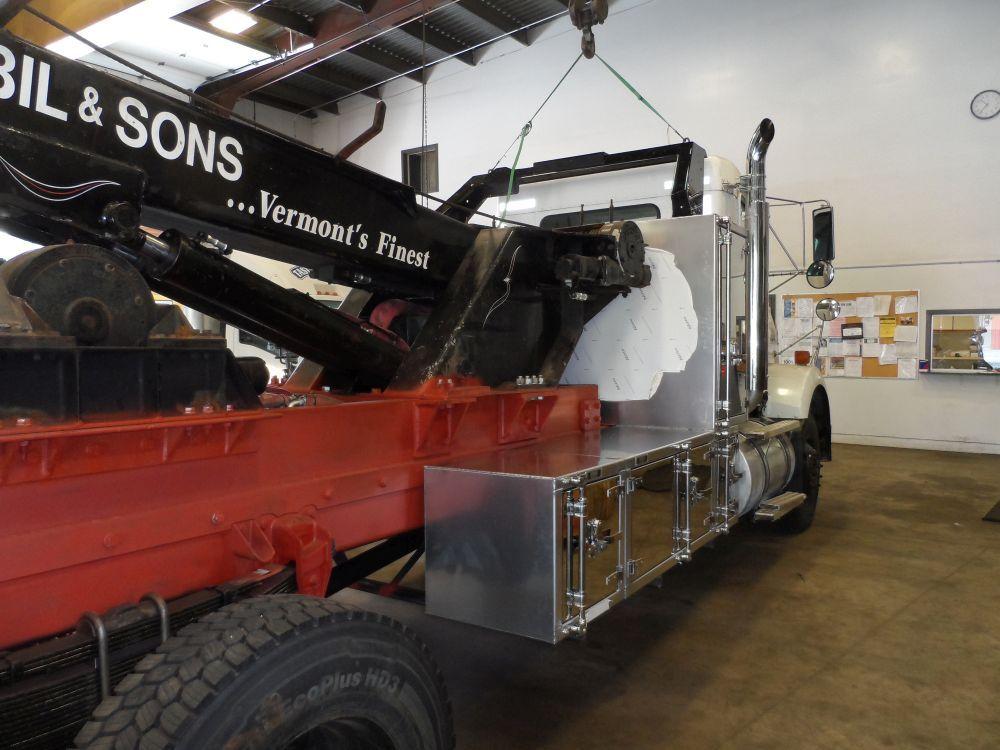 Semi truck tool box gallery picture 16