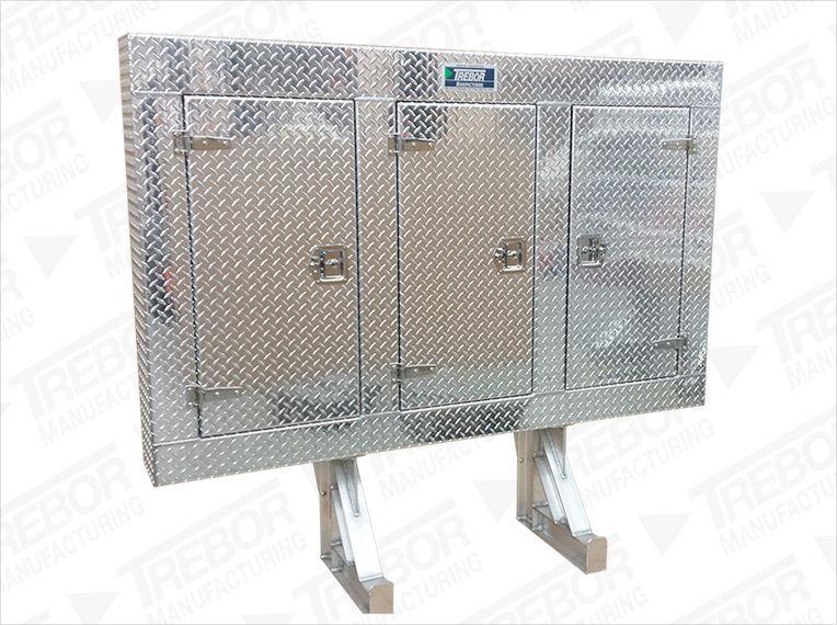 image enclosed headache rack