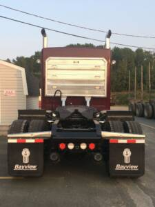 Headache rack rear view tractor outside