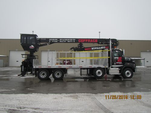 flatbed right side view